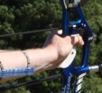 Bow hand placement recurve